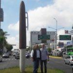 Gobierno de Guadalajara gastó 1.3 mdp en escultura de bolígrafo gigante (VIDEO)