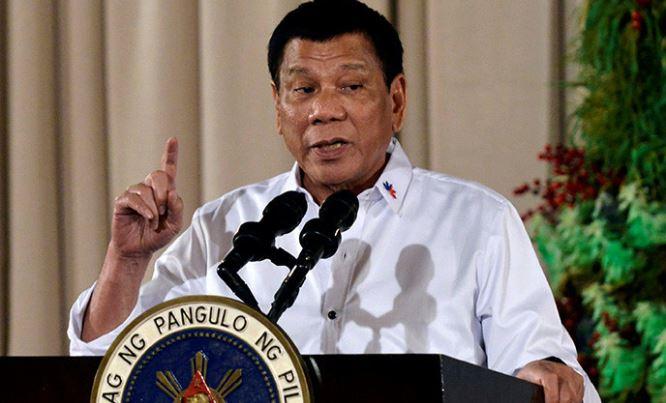 Presidente de Filipinas amenaza con bombardear a  políticos, jueces y policías corruptos