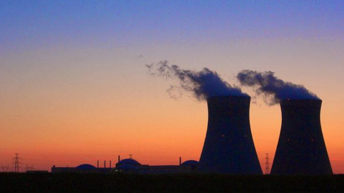 La energía nuclear debe usarse para la paz