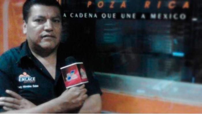 Apuñalan e intentan cortar la garganta a periodista en Puebla
