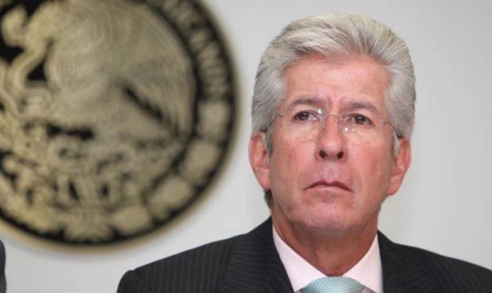Ruíz Esparza asegura que 'SCT no ha repartido culpas', senadores piden que deje el cargo