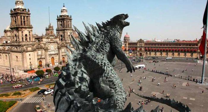 Godzilla arrasó con los comerciantes del centro de la Ciudad de México
