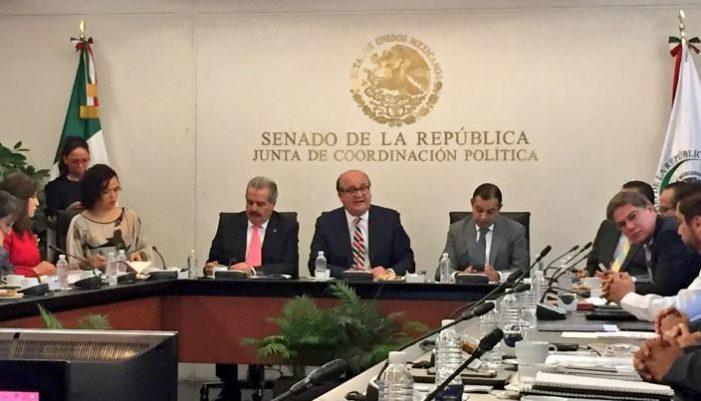 Graco Ramírez comparece por socavón, acusa de mentiroso a Ruíz Esparza