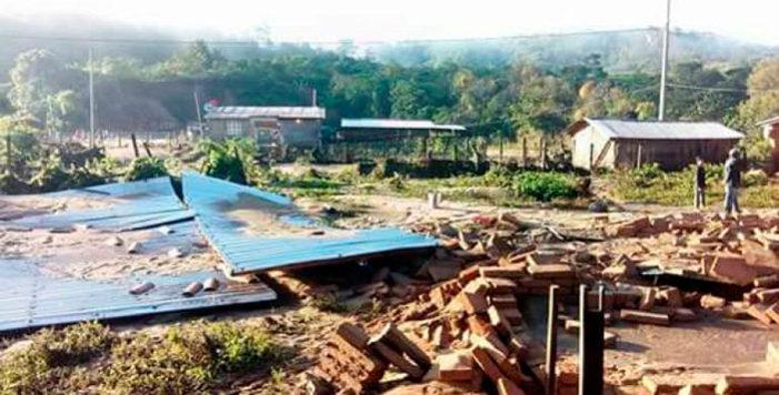 Río arrasa con 6 casas en Guerrero e inunda otras 80