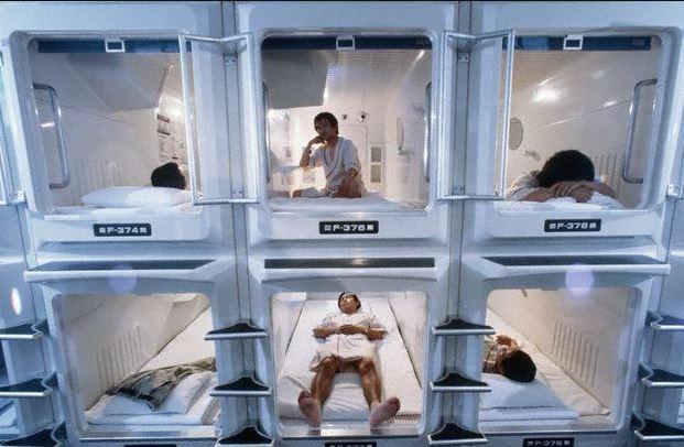 Llegaron cápsulas para dormir al aeropuerto de la Ciudad de México