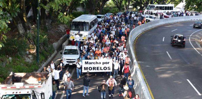Marcha de Morelos a la Cd de México para exigir juicio político contra Graco