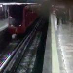Hombre intenta suicidarse en Metro Merced (Video)