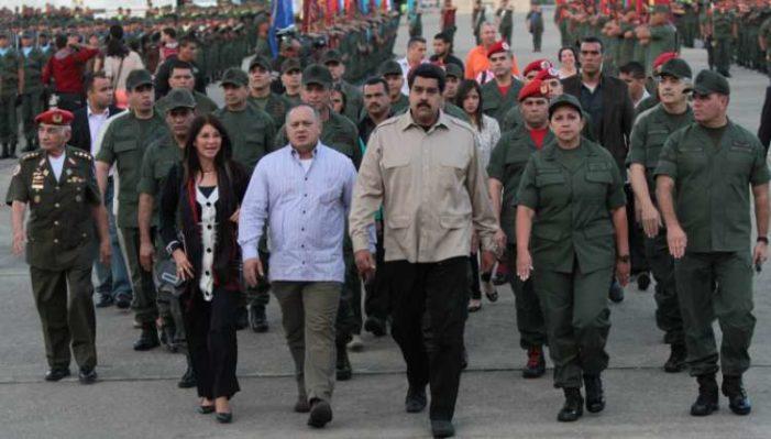 Militares de Venezuela se declaran listos contra Estados Unidos