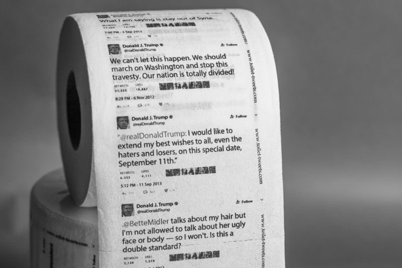 Amazon vende papel higiénico con los tuits de Donald Trump