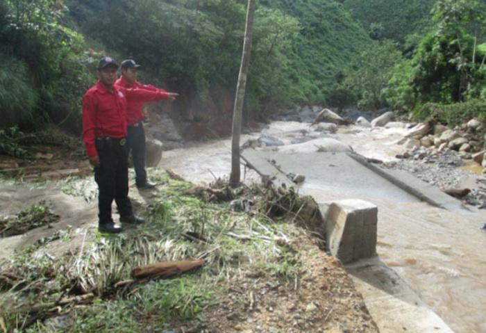 Colapsa puente en Guerrero