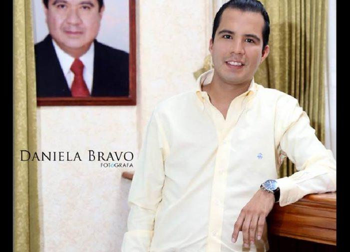 Regidor del PRD luce reloj de más de 100 mil pesos
