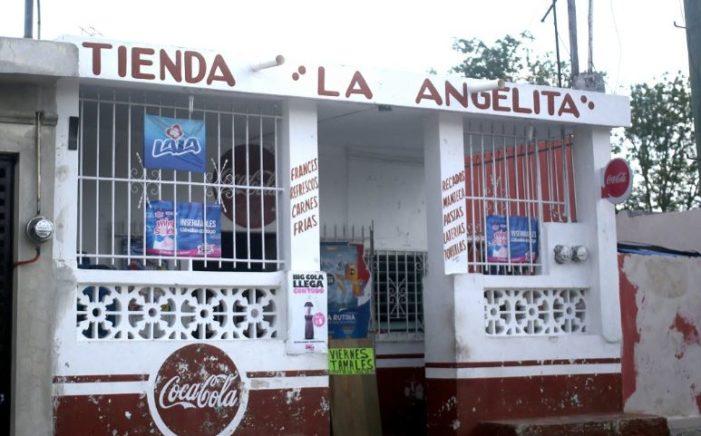 Trabajadores despedidos de Pemex inundan el sureste de tiendas de abarrotes
