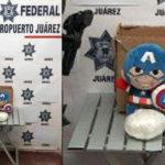 Encuentran drogas dentro de un peluche del Capitán América