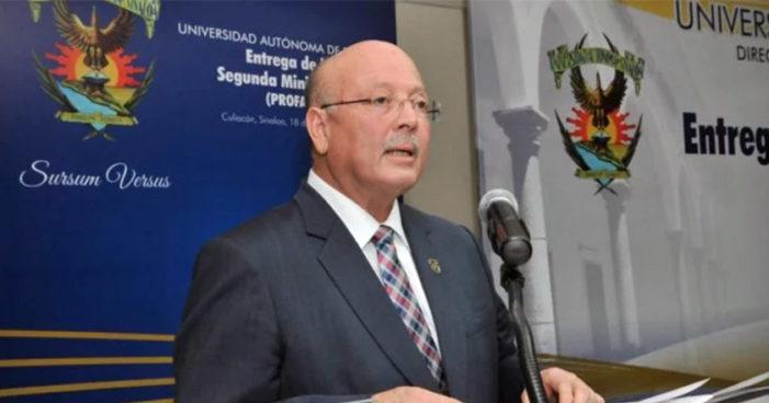 Sinaloa: Hombres armados amenazan a profe de prepa para que apruebe a alumno