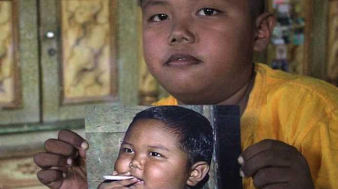 Niño adicto al cigarro que impactó al mundo deja el vicio tras larga lucha