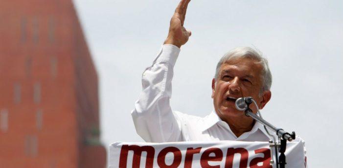 AMLO y alianza Morena-PT ganan en todos los escenarios: Encuesta Reforma