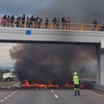 Acusan pobladores de Puebla a la Marina y Ejército de asesinatos y amenazas; cerraron carretera