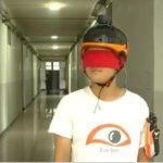 Jóvenes chinos crean casco inteligente que ayuda a 'ver' a personas invidentes