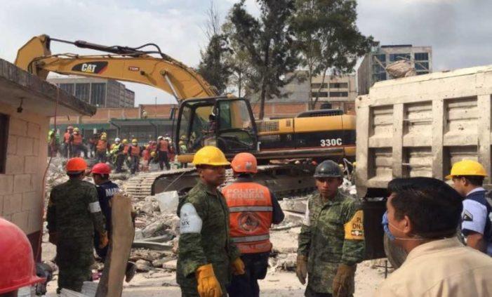 Bajos salarios sin seguridad social, las condiciones de las costureras muertas en Chimalpopoca