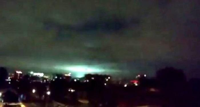 ¿Por qué se vieron destellos de luz en el cielo durante el temblor?