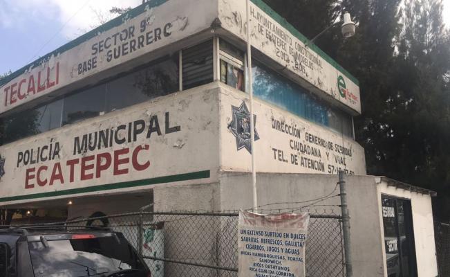 Les roban 24 armas en su propio módulo de policía en Ecatepec