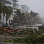 Huracán 'Irma' se degrada a categoría 1, deja inundaciones y daños en Florida