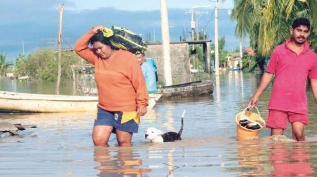 'Max' deja a la Costa Chica bajo el agua y sin ayuda