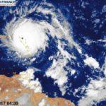 Huracán Irma golpea la isla de Barbuda y continúa su avance en el Caribe