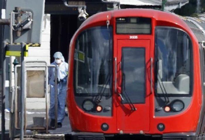 En Londres, detienen a joven de 18 años ligado a explosión en metro