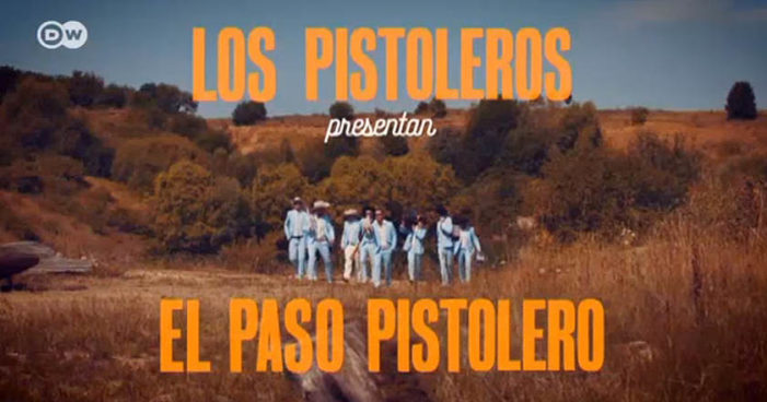 Conoce a 'Los Pistoleros Güeros', una banda alemana que toca norteño