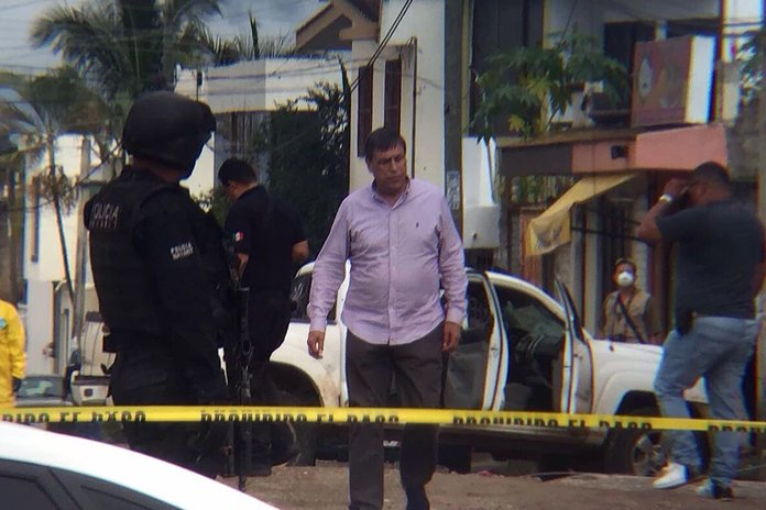 Tiroteo frente a penal de Nayarit, hay dos personas muertas (VIDEO)