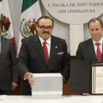 Peña y Meade dejarán finanzas débiles a nuevo gobierno por nuevo paquete económico: CIEP