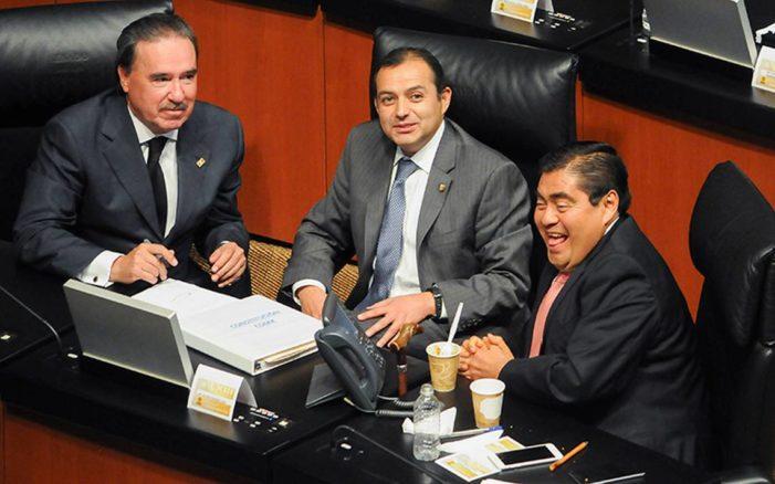 Senadores se despedirán del cargo con bono de 2.4 mdp