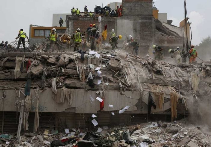 Huracanes, sismos y cientos de víctimas: así fue septiembre para los mexicanos (VIDEO)