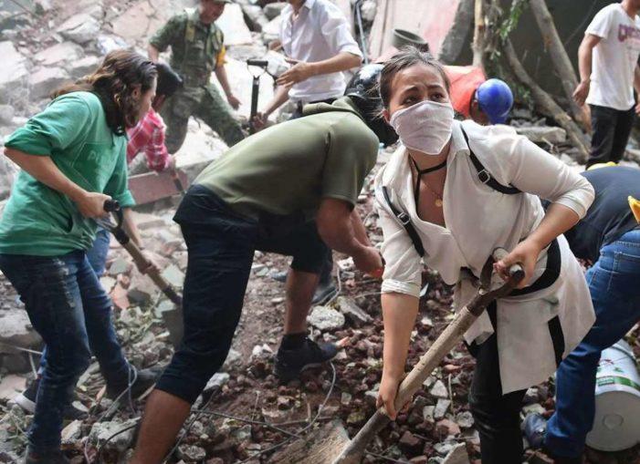 Segregación y roles de género explican por qué murieron más mujeres que hombres en sismo