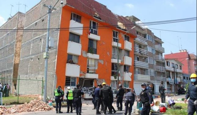 Hay al menos ocho mil inmuebles dañados por el sismo — Iztapalapa