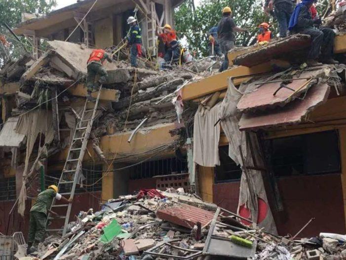 Morena propone condonar impuestos a afectados por los sismos