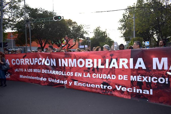 A un mes del sismo, damnificados protestan en delegación Benito Juárez