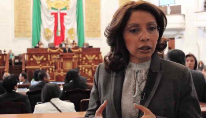 Esthela Damián renuncia al MC, dice que PAN no merece otra oportunidad y 'ni un voto al PRI'