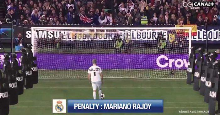 Rajoy mete 'gol más triste de la historia' en clásico Barcelona vs Real Madrid (Humor, video)