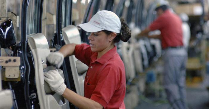 'Mujeres en México ganan 42% menos que los hombres': OCDE