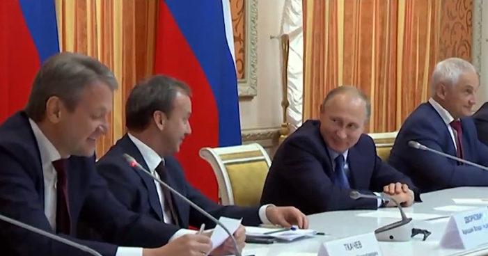 Putin 'trolea' a su ministro de agricultura (Video)