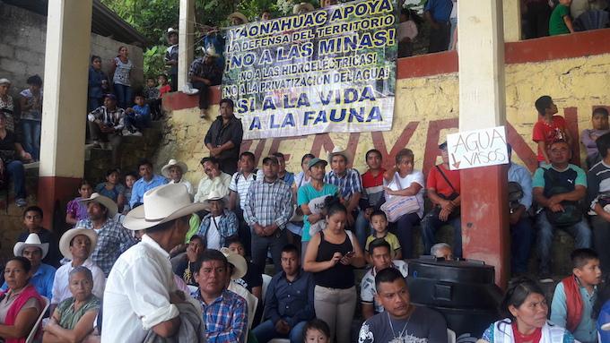 Nahuas y totonacos se unen contra mineras, petroleras e hidroeléctricas