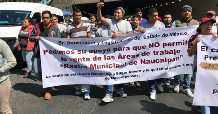 Vecinos de Naucalpan exigen se detenga construcción de 6 torres en Satélite