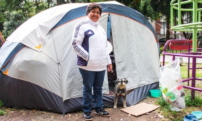 Habitantes del Multifamiliar de Tlalpan viven en casas de campaña desde el 19s