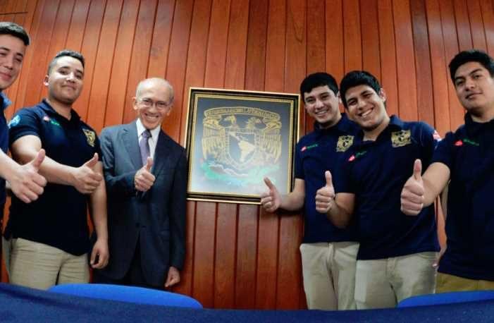 Alumnos de la UNAM ganan primer lugar del PetroBowl Internacional
