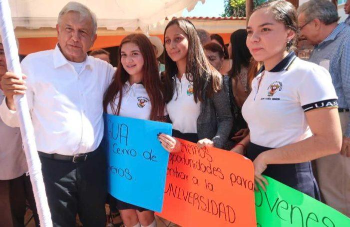 AMLO llama a senadores de todos los partidos impedir destitución de Santiago Nieto