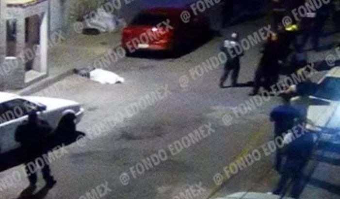 Asesinan a hombre frente a su casa en Ecatepec, le dieron 19 balazos