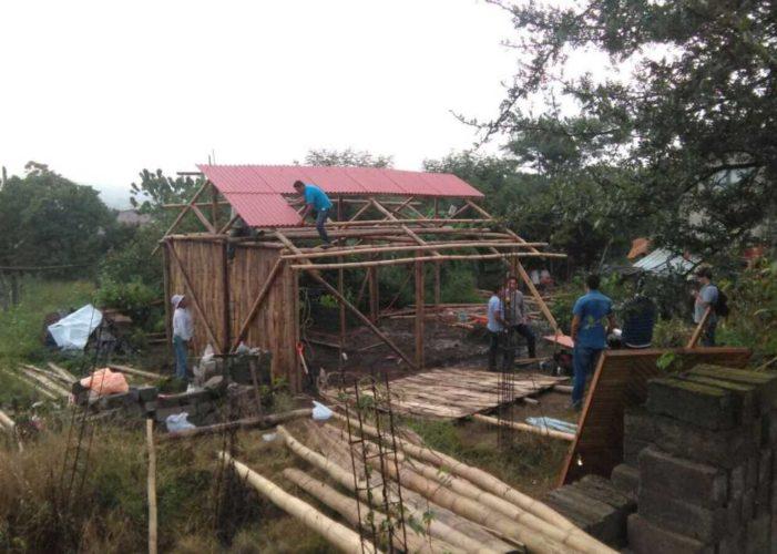 'Tamakepalis': la solidaridad del pueblo para la reconstrucción de viviendas en Puebla