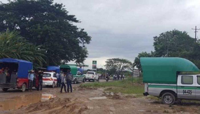 Damnificados del Istmo bloquean carretera, exigen reparación de viviendas afectadas